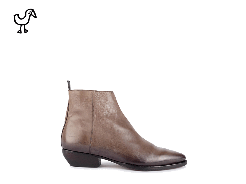 Elia Maurizi - woman western boots