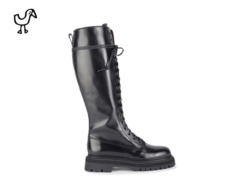 Elia Maurizi - woman biker boots commando sole